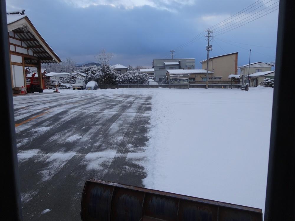 今シーズン一番の積雪_c0111229_18470071.jpg