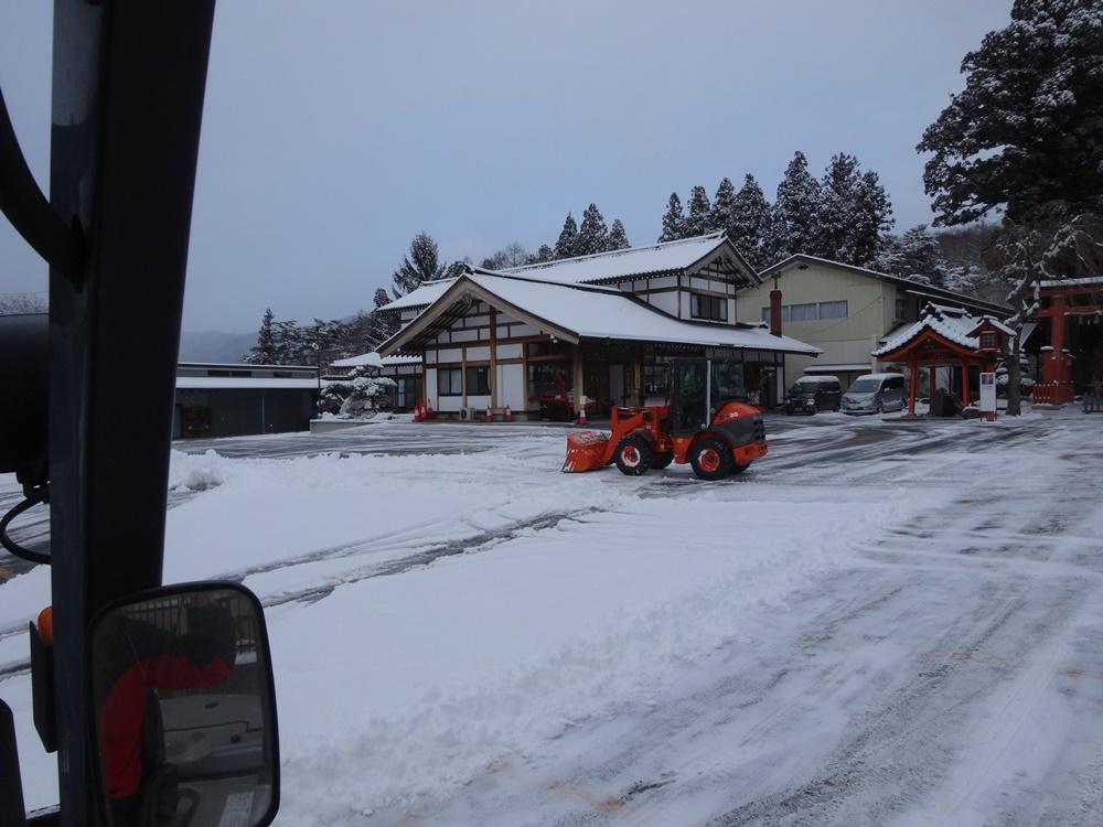 今シーズン一番の積雪_c0111229_18471602.jpg