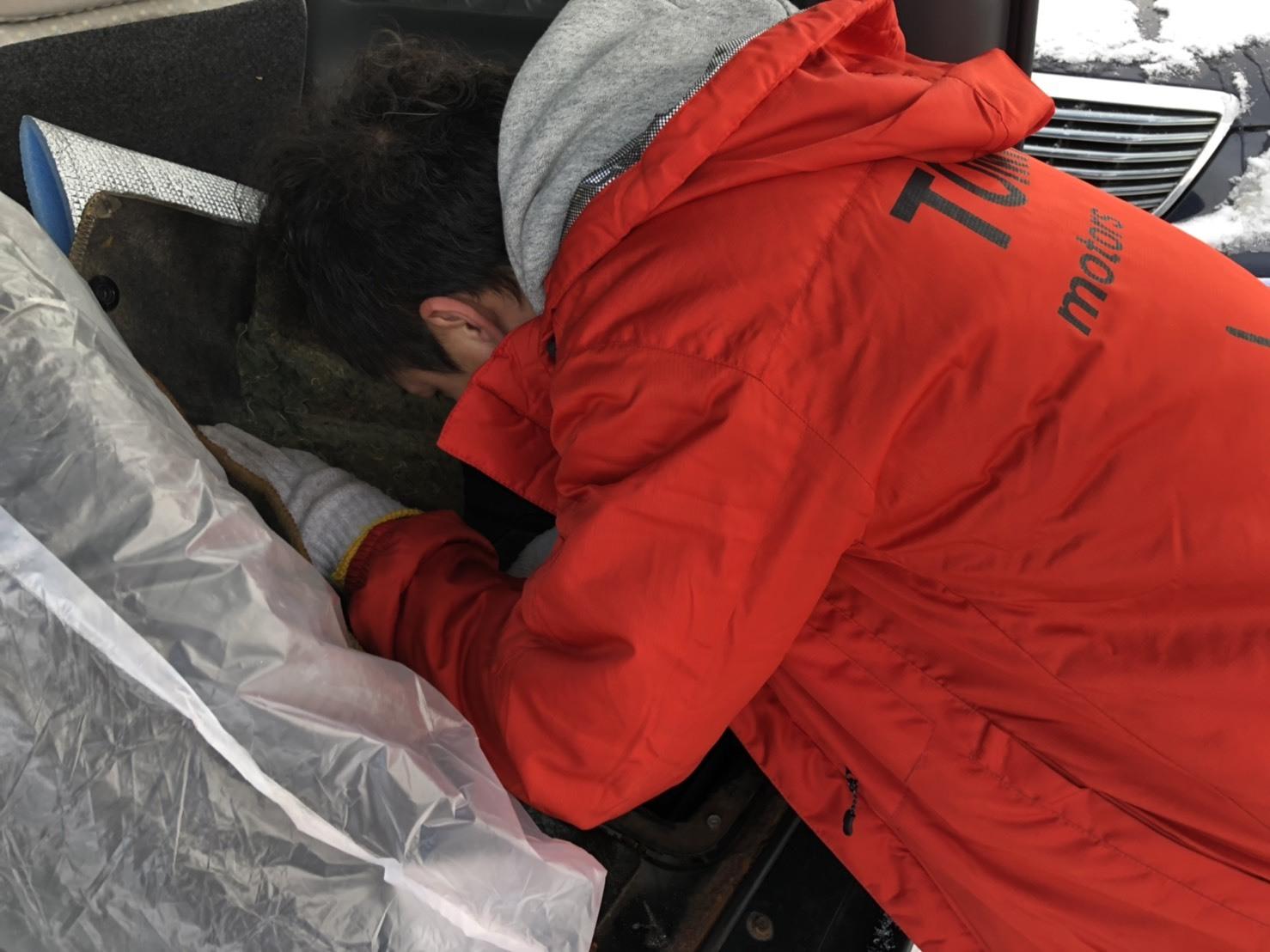2/13(水)本店ブログ♪ タントカスタムRS 26000キロ♡ブラック♡ あります!! ランクル ハマー アルファード_b0127002_19281839.jpg
