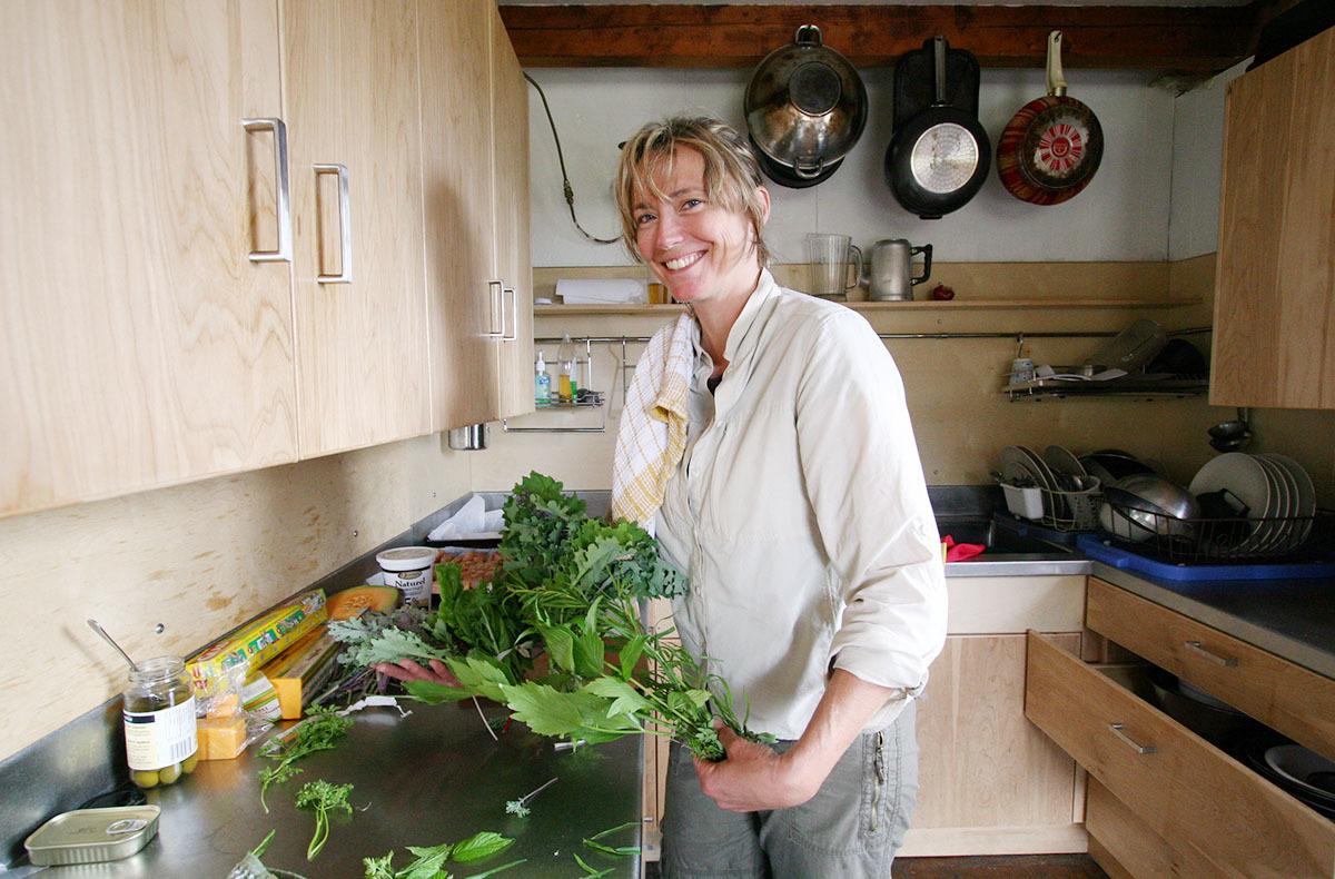 カナダの山小屋の食事で、フレッシュな野菜や食材がたくさん提供される理由とは?_d0112928_06054053.jpg