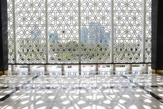 【国立モスク Masjid Negara】マレーシア旅行 - 12 -_f0348831_23051862.jpg