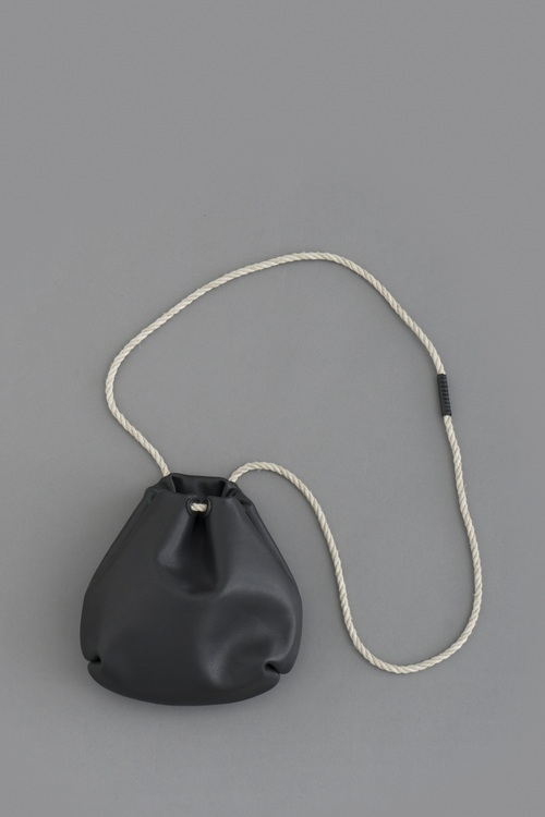 STYLE CRAFT Goatskin Drawstring Bag DK-02 (Ink Black)_d0120442_13504465.jpg