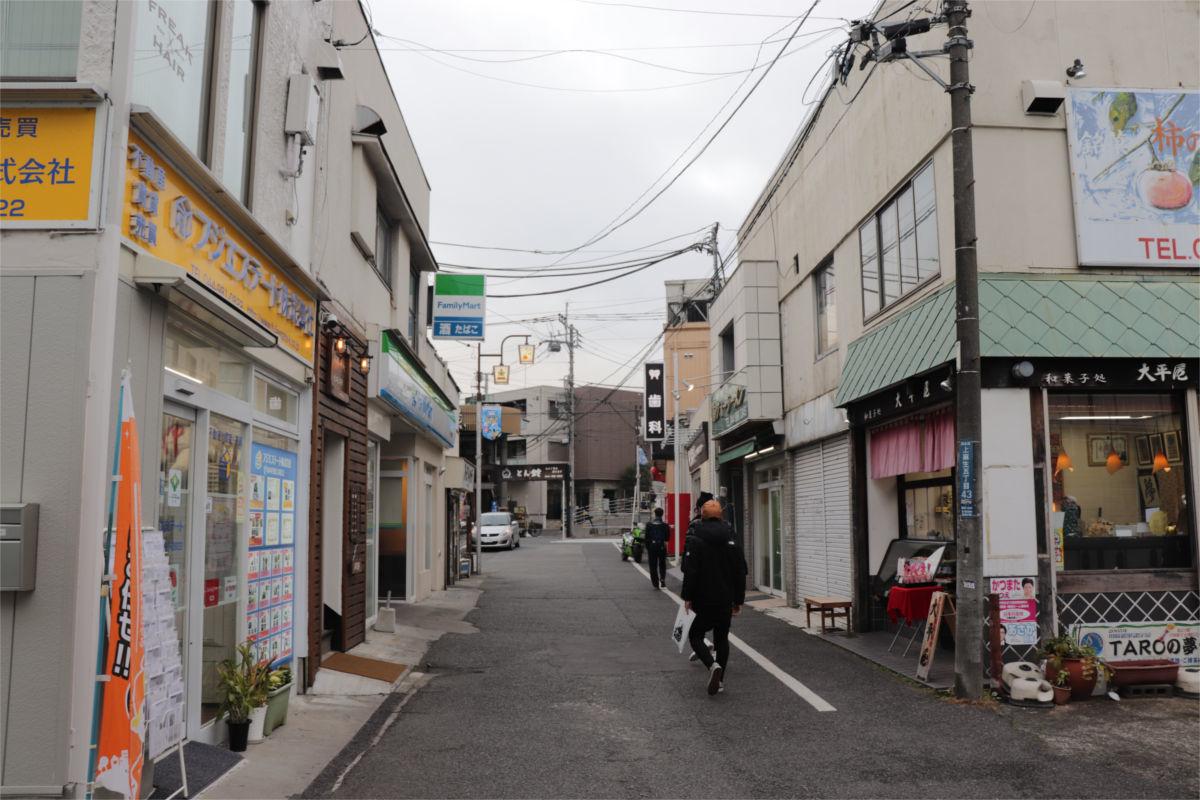 柿生駅南口再開発が始動 駅前に30階建て高層ビル建設へ 着手前の状況_a0332275_02460170.jpg