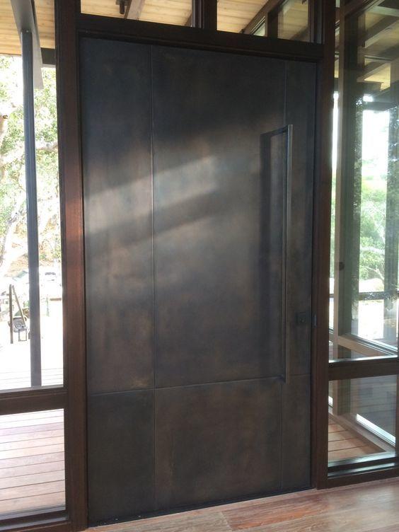 鉄製の扉&壁_d0335577_12065457.jpg