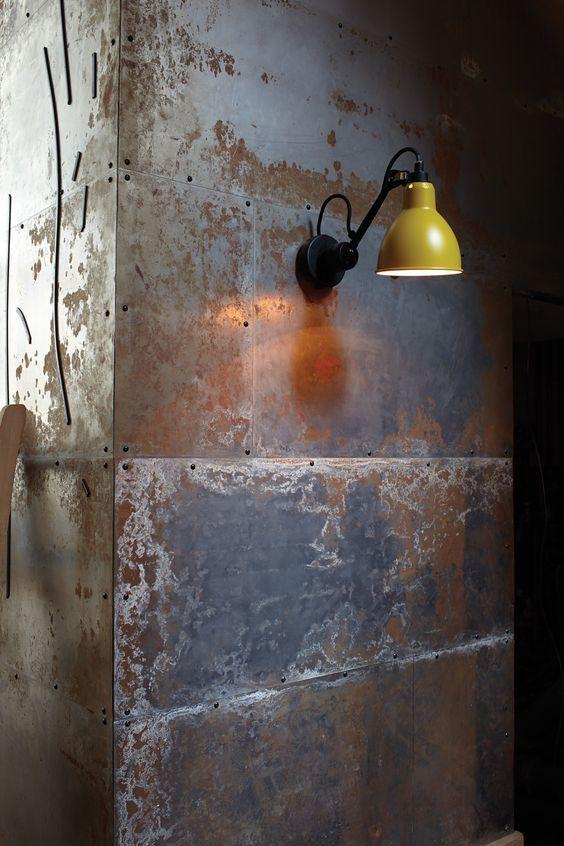 鉄製の扉&壁 【その2】_d0335577_12105573.jpg