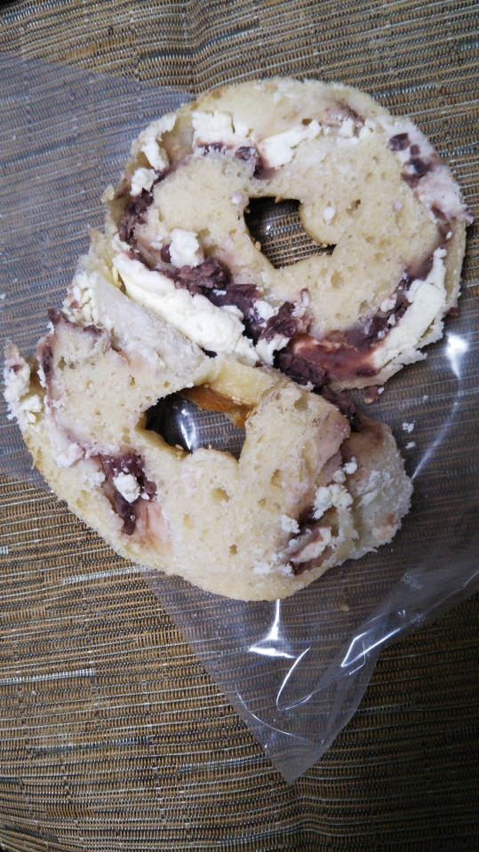 ケポベーグル 和ベーグル 粒あんクリームチーズ_f0076001_22494371.jpg