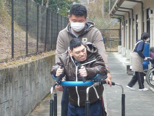 2/13  散歩_a0154110_10132546.jpg