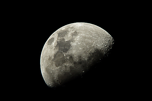 (続)伊勢志摩の夜話。連日連夜の好天に「月」を天体望遠鏡で覗いている・・・。_b0169522_22195171.jpg