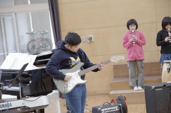 音楽会に向けて~3,4年生~_a0131631_14312582.jpg