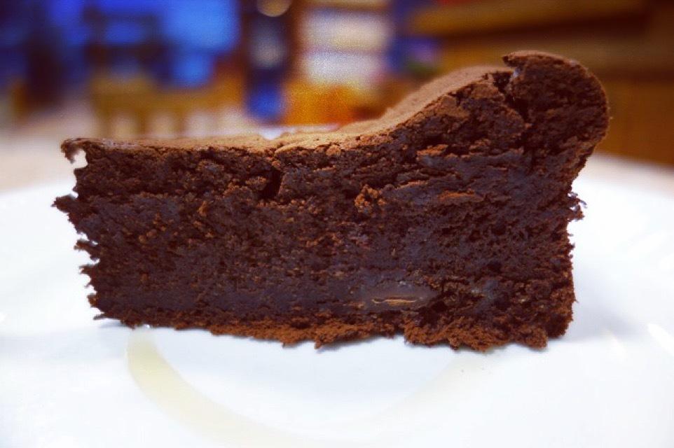 今週のランチメニューはチョコと生クリームで。 - cafeZ ( ときどき atelierZ ) スケッチブック
