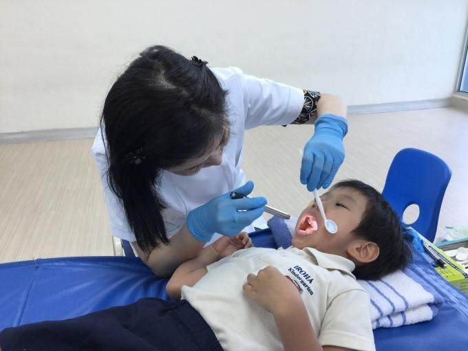 歯科検診_a0318155_00433655.jpg