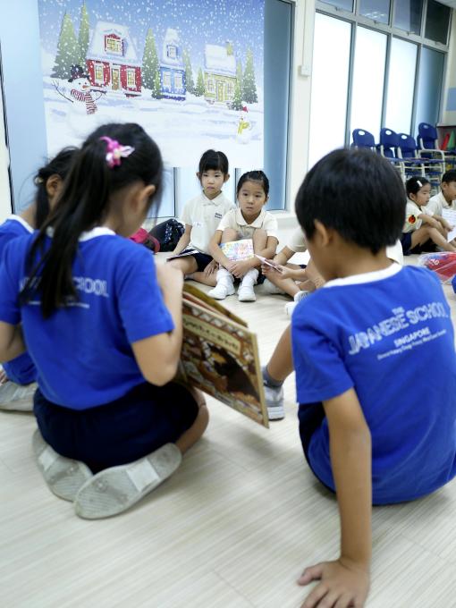 日本人小学校との交流会_a0318155_11370821.jpg