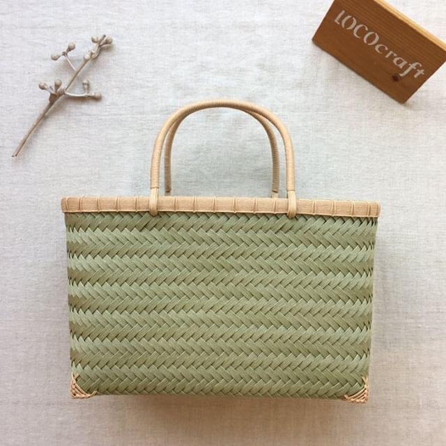 【手になじむ 鞄(バッグ)があれば】出展者のご紹介 LOCOcraftさん。 _e0060555_16494610.jpg