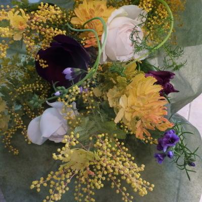 オークリーフ花の教室(落合さんと須藤さんの作品)_f0049672_19092110.jpg