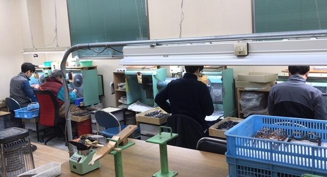 メガネの産地 鯖江 工場見学 その2_e0200978_23025590.jpg
