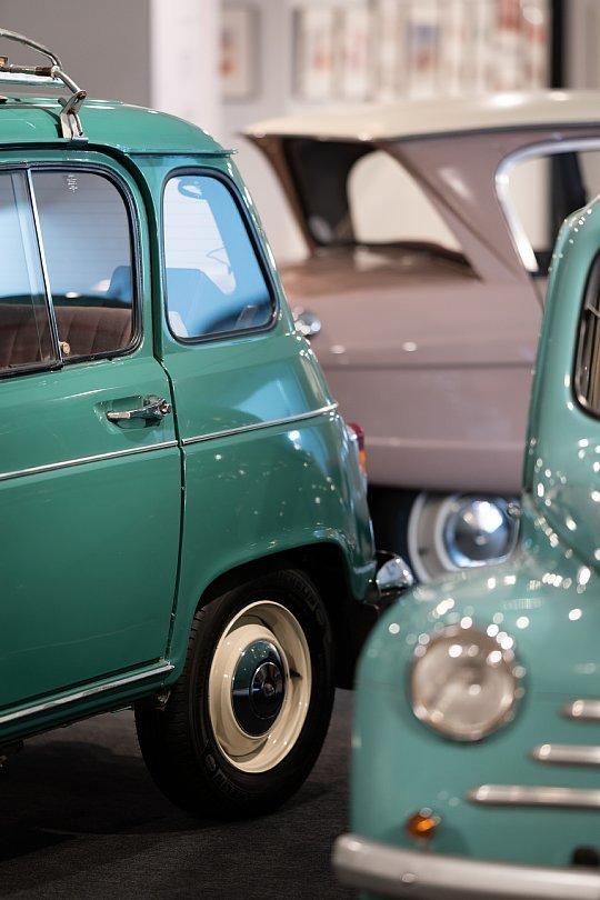 斜め上を行くフランス大衆車たち_d0353489_19253440.jpg