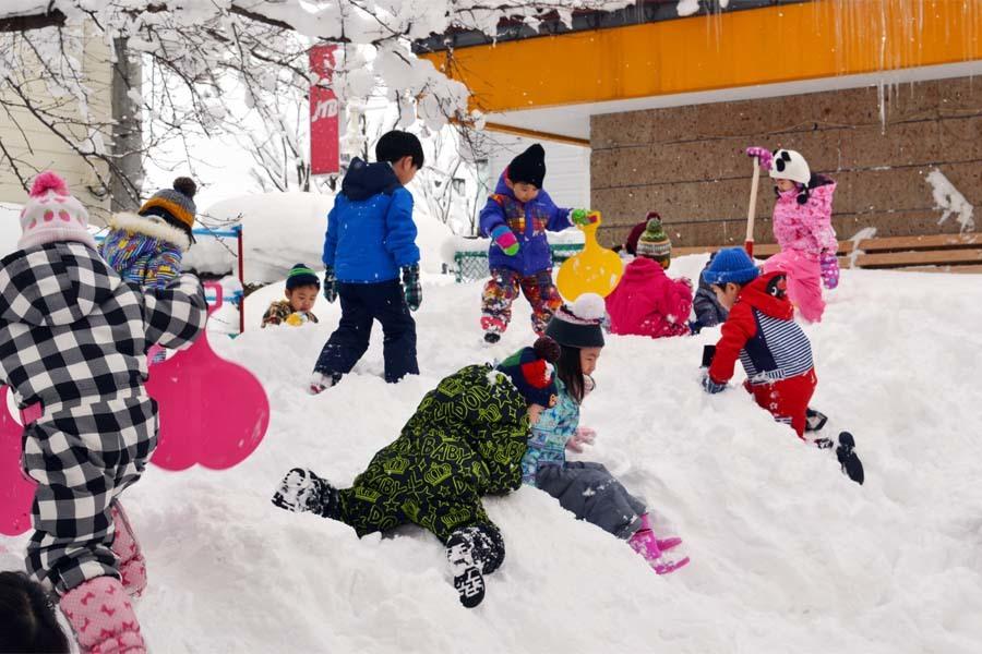 園児雪まつり_d0353789_15011449.jpg