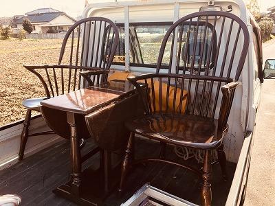 椅子とテーブルのメンテナンス_a0329002_19185645.jpg