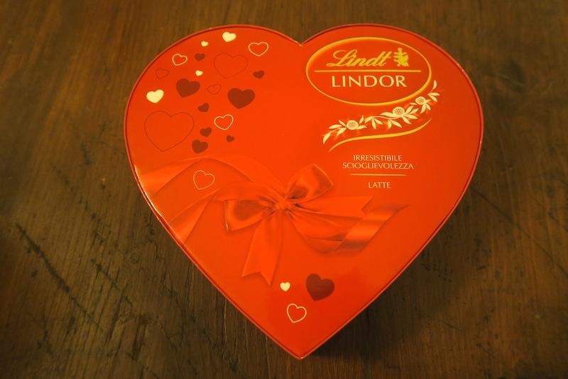 トンカツ・チョコのバレンタインと夫流甘い言葉_f0234936_4545571.jpg