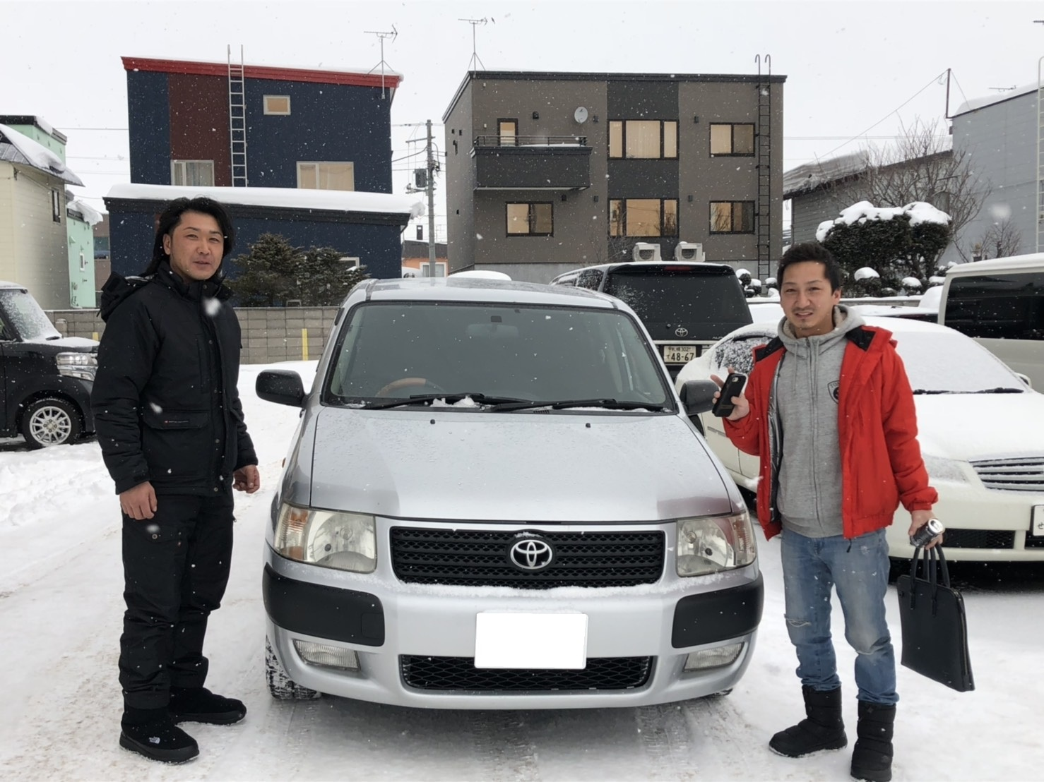 2月16日(土)☆ハイエースあります✊サクシードA様納車♡ ランクル レクサス ハマー TOMMY♡_b0127002_18460684.jpg