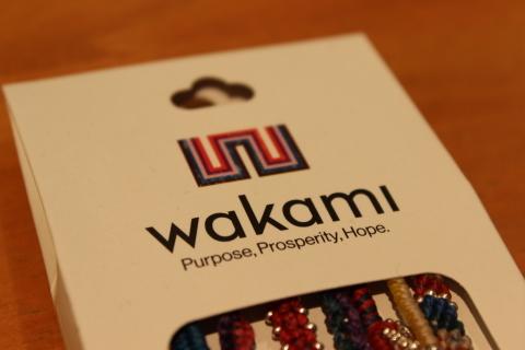 南米グアテマラの「WAKAMI」というアクセサリブランド_f0191324_08321818.jpg