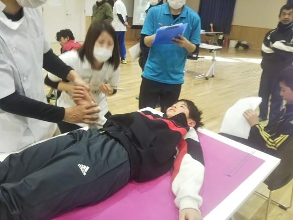 野球肘検診_d0010630_14580991.jpg