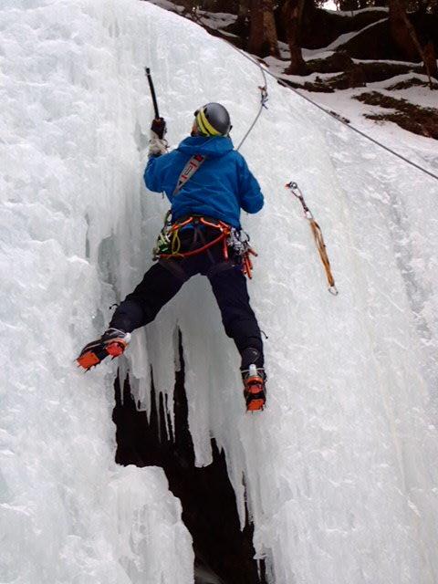 八ヶ岳アイスクライミング_b0077448_22342772.jpg