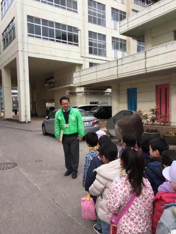 牛田小学校へ_f0324461_17381950.jpg