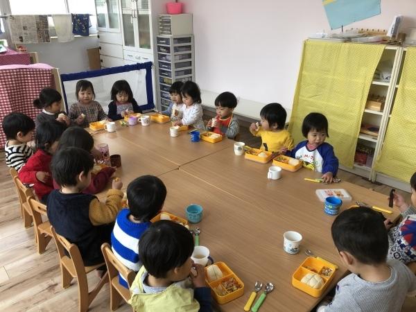 リトルピエノ保育園〜給食〜_a0318871_22574986.jpeg