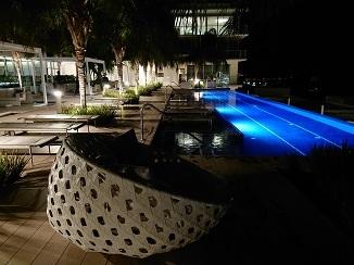 まるでリゾートホテルのようです!_d0091909_14001608.jpg