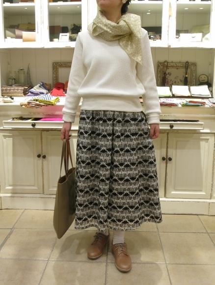 Porter des boutons から、刺繍が美しいシリーズです。_c0227633_14074922.jpg