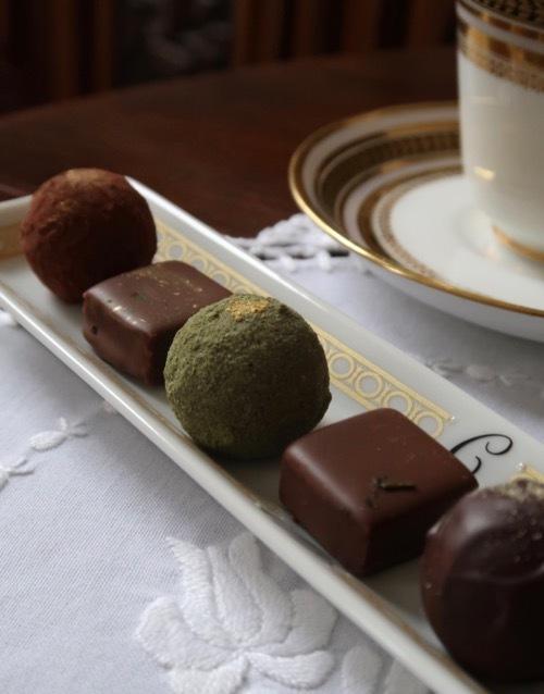 手作りのチョコレート皿_f0380234_03550791.jpg