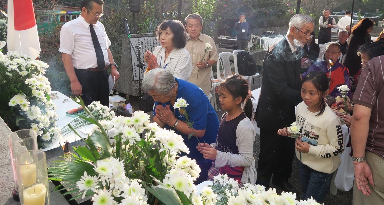 バギオ市で46回目の戦没者慰霊祭 - 大阪から慰霊団が来訪_a0109542_21023192.jpg