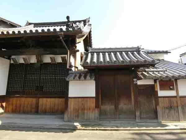 清学院と薫主堂_a0045381_08563908.jpg