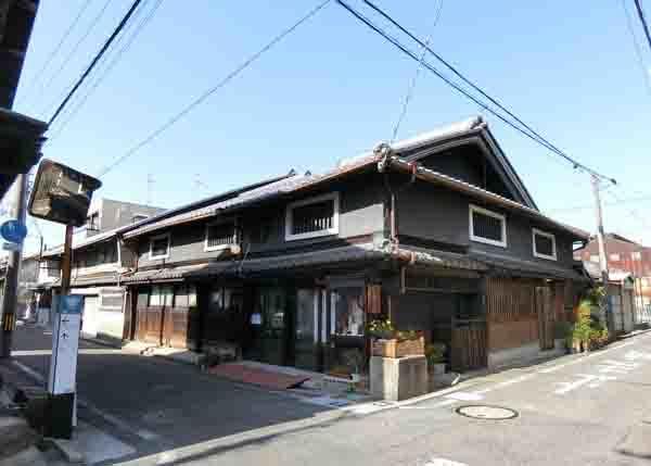 清学院と薫主堂_a0045381_09411560.jpg