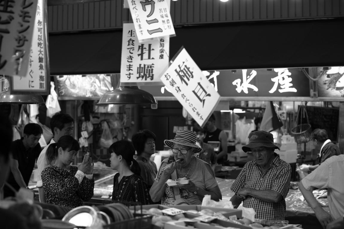 「夏」が好きな人~金沢近江町市場にて~_d0349418_20512230.jpg
