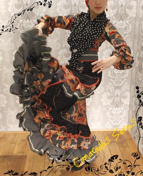 群舞衣装フェア開催!~Mystic Black 黒水玉×ペイズリー~_b0142724_16144326.jpg