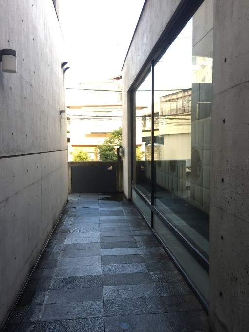 神戸4・ando建築の路地_c0004024_12060214.jpg