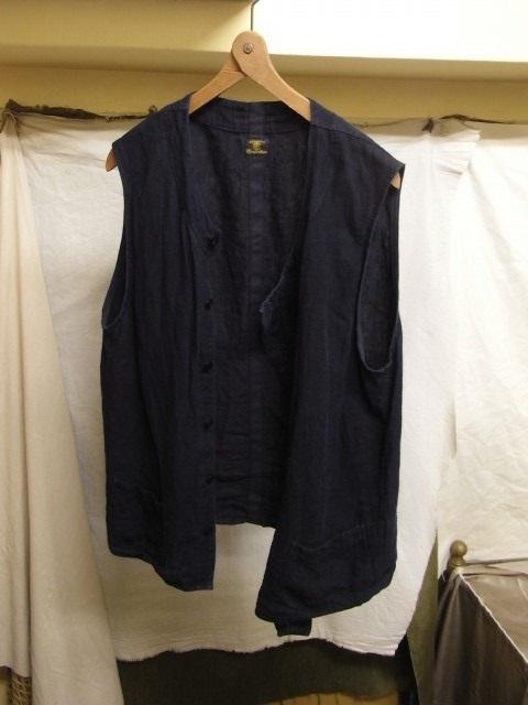 たまんね~なぁ / french victorians heavylinen shirt , da frenchwork heavylinen vest_e0130546_17055891.jpg