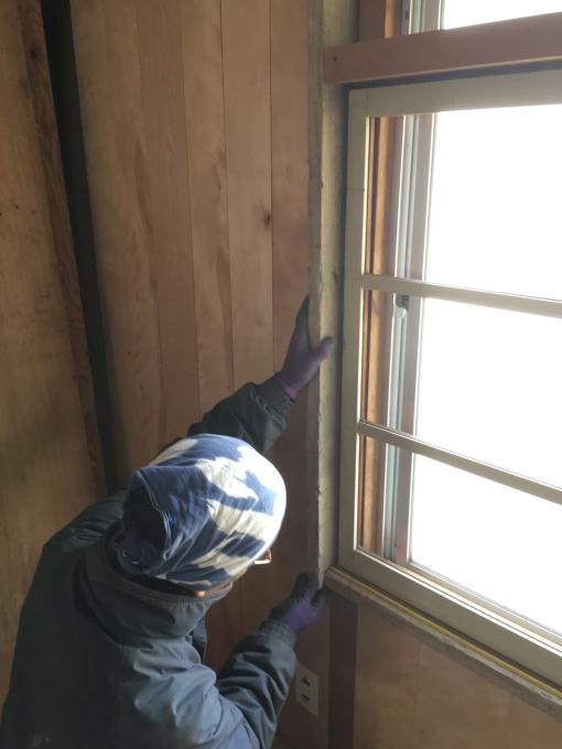 娘の部屋その5。薄いアルミサッシの窓をどうしようか。_f0182246_21034290.jpg