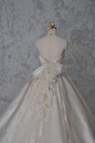 CB-100新作ドレス出来上がりました^^久々の投稿ですいません><。_c0114560_09433289.jpg