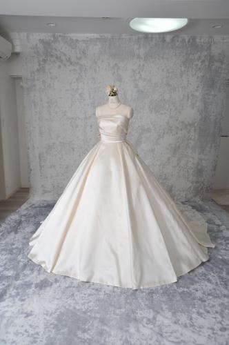 CB-100新作ドレス出来上がりました^^久々の投稿ですいません><。_c0114560_09455654.jpg