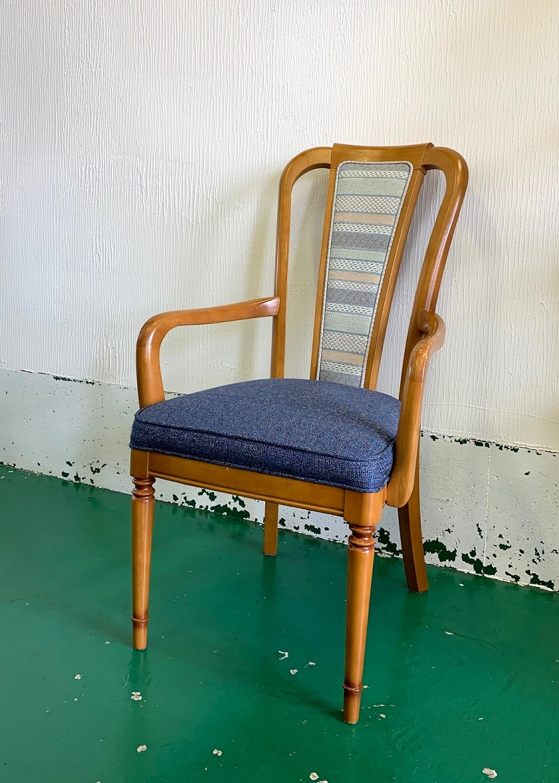 椅子の張替え ~カラーコーディネート編~_d0224984_15121171.jpg