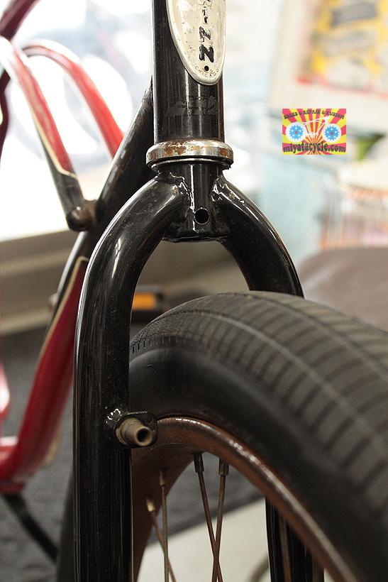 700cのフォークに、26インチタイヤが付いていて、ブレーキはどうする・・・?_e0126901_10532681.jpg