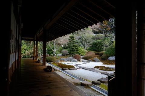 鎌倉五山と三十三観音巡り_e0000910_10550157.jpg