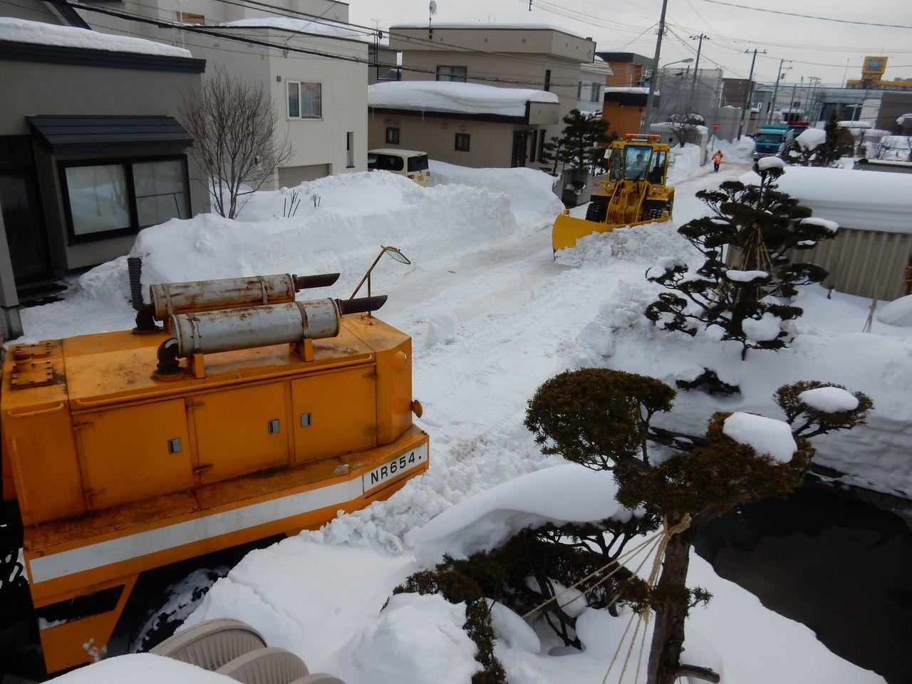 ようやく排雪チューズデー_c0025115_22063724.jpg