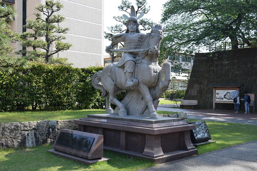 越前松平家の福井城跡を歩く。 その2 ~結城秀康~_e0158128_17320835.jpg