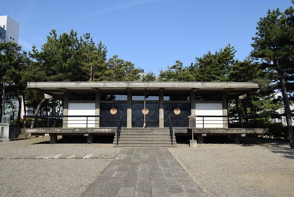 越前松平家の福井城跡を歩く。 その4 ~福井神社~_e0158128_18231649.jpg