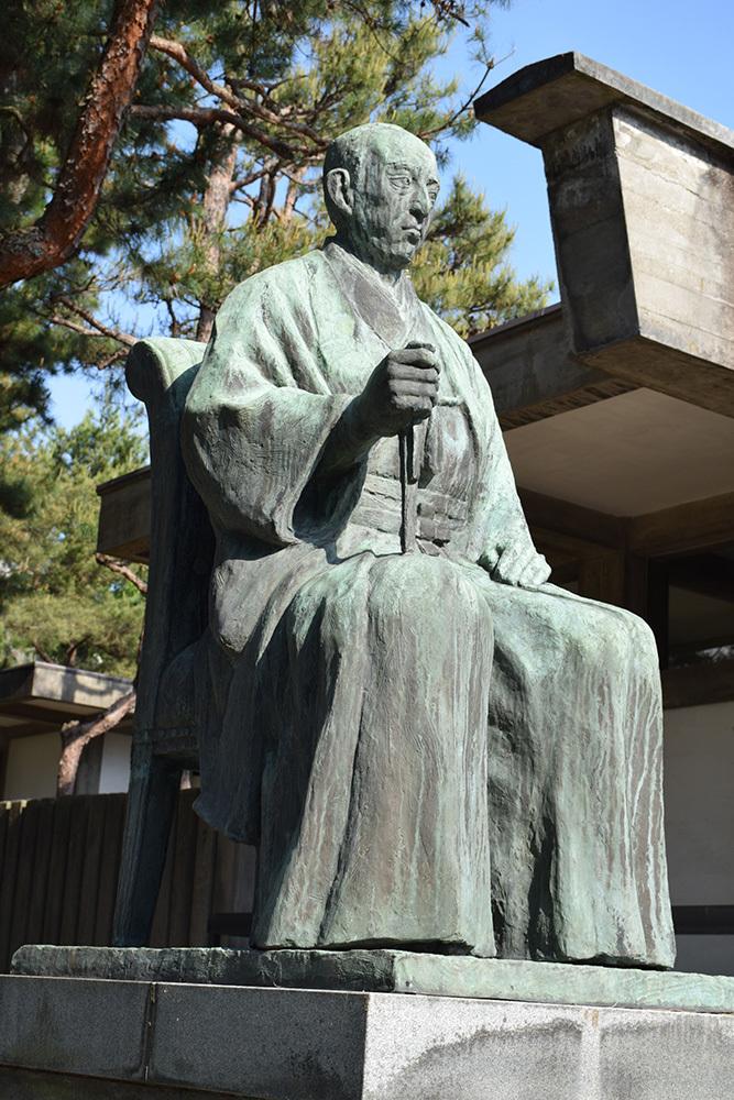 越前松平家の福井城跡を歩く。 その4 ~福井神社~_e0158128_18291581.jpg