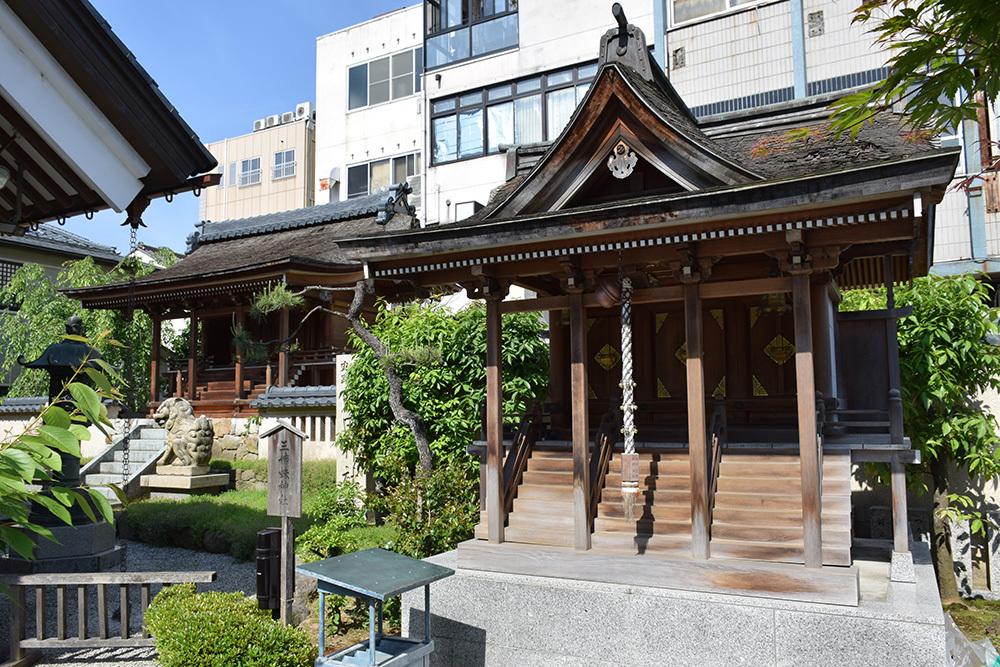 越前北ノ庄城跡・柴田神社を訪ねて。_e0158128_19060375.jpg